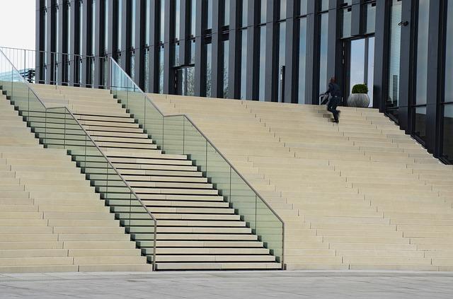 野外の階段
