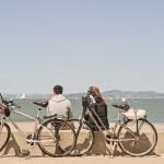 散歩や遠乗りも楽!手動車いすに簡単に着脱できるハンドバイク『Batec』