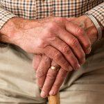 指輪が白杖!? 超音波センサーで障害物を検知するウェアラブルデバイス『Live Braille』